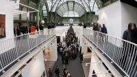 Des personnes visitent la Foire internationale d'art contemporain (Fiac), au Grand Palais à Paris, le 21 octobre 2019 [Francois Guillot / AFP/Archives]