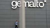 Le logo de l'entreprise Gemalto sur la façade d'une usine à Gémenos, dans le sud de la France, en 2009 [Gerard Julien / AFP/Archives]