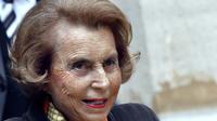 La milliardaire Lilianne Bettencourt, en octobre 2011 à Paris [Francois Guillot / AFP/Archives]