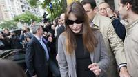 Carla Bruni-Sarkozy, le 10 juin 2012 à Paris [Fred Dufour / AFP/Archives]