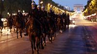 Membres de la Garde républicaine, le 9 juillet 2012, sur les Champs-Elysées lors de la répétition des cérémonies du 14-Juillet [Guillaume Baptiste / AFP/Archives]