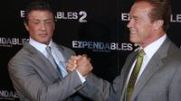 """Le film d'action """"Expandables 2"""" et sa distribution tout en muscles a détrôné un autre film d'action, """"Jason Bourne: l'héritage"""" pour se propulser en tête du box-office nord-américain, selon les chiffres provisoires publiés dimanche par la société Exhibitor Relations.[AFP]"""