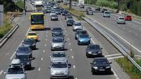 La circulation était fluide samedi matin sur les routes de France, en cette journée classée orange dans le sens des retours, pour le dernier week-end des vacances, selon le Centre national d'informations routières (Cnir) qui comptabilisait à 10H00 moins de 20 km de bouchons.[AFP]