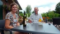 Manque de soleil, climat trop humide, températures trop basses: depuis des siècles les Pays-Bas, plus habitués à brasser de la bière, ont boudé la viticulture. Mais grâce à de nouveaux cépages plus résistants, le vignoble gagne du terrain au pays des polders.[AFP]