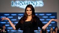 L'actrice indienne et ancienne Miss Monde Aishwarya Rai Bachchan, à New Delhi le 15 octobre 2012 [Manan Vatsyayana / AFP/Archives]