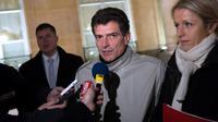 Le secrétaire national d'EELV, Pascal Durand (centre), le 28 novembre 2012 à l'Elysée, à Paris [Bertrand Langlois / AFP/Archives]