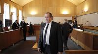 Eric Vannier, maire du Mont-Saint-Michel et patron des établissements Mère Poulard, le 30 janvier 2012 au tribunal correctionnel de Coutances [Charly Triballeau / AFP/Archives]