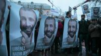 Une manifestation de soutien au journaliste Nadir Dendoune, le 1er février 2013 à Paris [Jacques Demarthon / AFP/Archives]