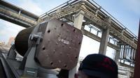 Un conteneur utilisé pour transporter des déchets nucléaires, à  l'usine Areva de Beaumont-Hague, le 29 mars 2013 [Charly Triballeau / AFP/Archives]