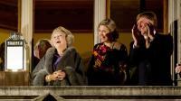 Les futurs roi et reine des Pays-Bas Willem-Alexander et Maxima aux côtés de la reine Beatrix à Utrecht, le 11 avril 2013 [Robin Utrecht / ANP/AFP/Archives]