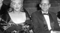 Marilyn Monroe et son mari Arthur Miller au théâtre à Londres le 11 octobre 1956 [ / AFP/Archives]