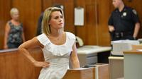 La comédienne québécoise Geneviève Sabourin, le 26 juillet 2012 au tribunal à New York [Stan Honda / AFP/Archives]