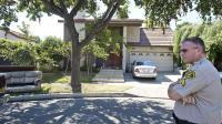 Un policier devant le domicile de Nakoula Basseley Nakoula, le 15 septembre 2012 à Cerritos en Californie [Robyn Beck / AFP]