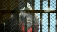 Mohamed Morsi, lors de son procès pour espionnage, au Caire, le 18 juin 2016.