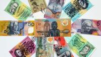 Mosaïque de billets de dollars australiens.