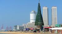 Le plus grand arbre de Noël du monde, à Colombo