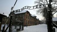 Six millions de juifs sont morts durant la Shoah, dont un million rien que dans le camp d'Auschwitz.