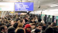 Dix lignes de métro seront notamment intégralement fermées au public.
