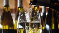 Vendre le vin blanc à profit ou le distiller pour produire de l'armagnac ?