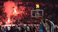 Les supporters de l'Olympiakos n'ont pas apprécié la défaite de leur équipe face au rival du Panathinaikos.