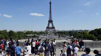 5,6 % de hausse de fréquentation pour la tour Eiffel en 2017, par rapport à l'année précédente.