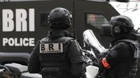 L'homme étant retranché, en possession d'une carabine chez lui, les autorités ont décidé de faire appel aux effectifs spécialisés de la BRI.