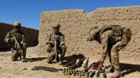 Des soldats de l'armée afghane après la bataille entre les Talibans et l'armée à Lashkar Gah, le 10 octobre 2016 [NOOR MOHAMMAD / AFP/Archives]
