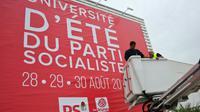 Préparatifs de l'Université du PS le 27 août 2015 à La Rochelle [XAVIER LEOTY / AFP]