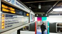 Quai du RER B à Chatelet-Les Halles à Paris, le 8 mars 2016 [Geoffroy Van der Hasselt / AFP]