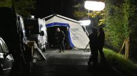 Photo fournie le 23 octobre 2015 par le ministère de l'Intérieur de membres de l'IRCGN installant leur tente à Puisseguin [Jerome GROISARD / MINISTERE DE L'INTERIEUR/AFP]