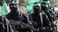 Combattants des brigades Ezzedine al-Qassam, la branche armée du Hamas, lors d'une parade le 20 juillet 2017 à Khan Younès, dans la bande de Gaza [SAID KHATIB / AFP/Archives]