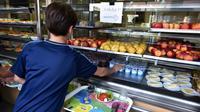 La filière de la restauration collective s'organise à petits pas pour atteindre les 20% en 2022 [REMY GABALDA / AFP/Archives]