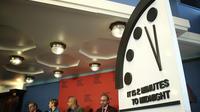 L'aiguille de l'horloge du Bulletin of the Atomic Scientists est aussi proche de minuit qu'en 1953, quand les Etats-Unis et l'Union Soviétique testaient la bombe à hydrogène.
