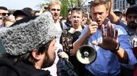L'opposant russe Alexeï Navalny manifeste à Moscou, le 5 mai 2018 [Kirill KUDRYAVTSEV / AFP/Archives]