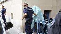 Matthieu, accusé d'avoir assassiné Agnès Marin, quitte le palais de Justice du Puy-en-Velay, le 18 juin 2013 [Thierry Zoccolan / AFP]
