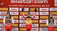 L'Autrichien Marcel Hirscher (c) remporte le slalom lors des Mondiaux d'Are le 17 février 2019 [Jonathan NACKSTRAND / AFP]
