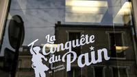 La boulangerie autogérée de Montreuil le 5 juillet 2018 [Christophe ARCHAMBAULT / AFP]