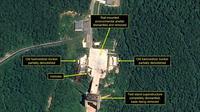 Image satellite fournie le 23 juillet 2018 par 38 North du démantèlement des infrastructures du site de Sohae, la principale base de lancement nord-coréenne de satellites  [Handout / Pléiades © Cnes 2018, Distribution Airbus DS/AFP]