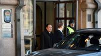 Le ministre nord-coréen des Affaires étrangres Ri Yong Ho quitte le siège du gouvernement suédois à Stockholm, le 16 mars 2018 [Vilhelm STOKSTAD / TT News Agency/AFP]