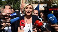 Marine Le Pen lors d'une visite à Châteaudouble, dans le Var, le 12 septembre 2018 [BORIS HORVAT / AFP/Archives]