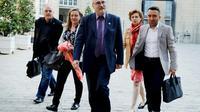 Luc Bérille (C), secrétaire général de l'Unsa, lors de son arrivée à Matignon le 25 mai 2018 [FRANCOIS GUILLOT / AFP]