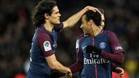 Les attaquants du PSG Edinson Cavani et Neymar face à Dijon, le 17 janvier 2018 au Parc des Princes [CHRISTOPHE SIMON / AFP]