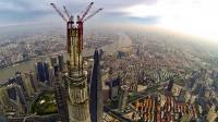 La Shanghai Tower en construction le 4 août 2013 dans le quartier des affaires de la  capitale économique chinoise [ / AFP/Archives]
