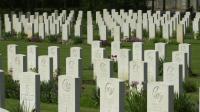 Vue du cimetière militaire de Ranville