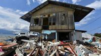 Un séisme de magnitude 7,5 suivi d'un tsunami avait frappé l'île indonésienne des Célèbes le 28 septembre, faisant quelque 2.000 morts [ADEK BERRY / AFP]