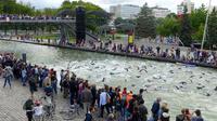 1 500 nageurs sont attendus tout au long du week-end, prêt à nager entre 1 et 5 km du canal de l'Ourcq à la Villette.