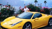 Le voleur s'est fait passer pour le propriétaire de cette Ferrari 458 Italia Spider.