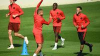 Séance d'entraînement tout en décontraction pour Neymar, Kylian Mbappé et le PSG au Camp des Loges, le 17 septembre 2018, avant le départ pour Liverpool  [FRANCK FIFE / AFP]