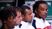 Gael Monfils, Richard Gasquet, Jo-Wilfried Tsonga et Yannick Noah le 3 mars 2016 à Pointe-à-Pitre [MIGUEL MEDINA / AFP]