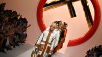 Des mannequins présentent des créations de la collection printemps/été 2019 de Fendi, à Milan le 20 septembre 2018 [Andreas SOLARO / AFP]
